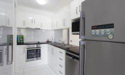 Apt-2-kitchen